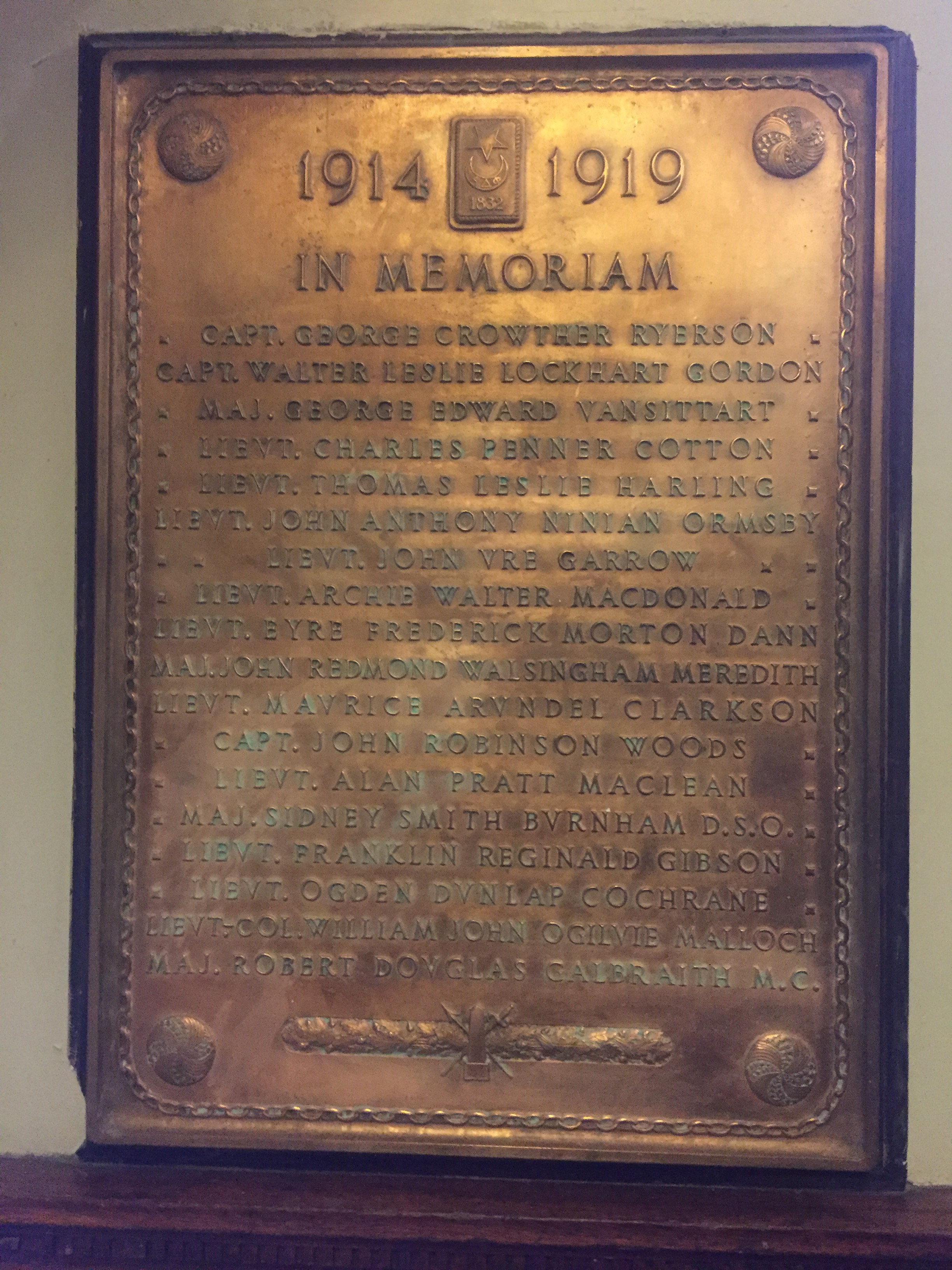 Memorial Plaque – Memorial Plaque – Capt. Walter Leslie Lockhart Gordon is remembered on this bronze memorial plaque. The plaque is found in the foyer of the Alpha Delta Phi Chapter House at 94 Prince Arthur Avenue, Toronto, ON.