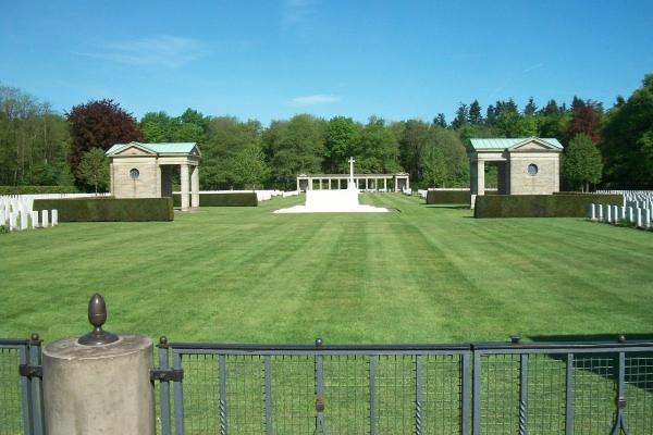 Cemetery – Entrance - Rheinberg War Cemetery - May 2015