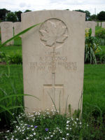 Grave Marker – Gravestone of Capt A.F. Tongs in the Assisi War Cemetery, Near Assisi, Italy.