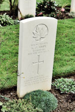 Grave Marker – A photograph (2010) of the headstone at the Beny-sur-Mer Canadian War Cemetery, located at Reviers, about 4  kilometres from Juno Beach in Normandy, France. May he rest in peace. (J. Stephens)