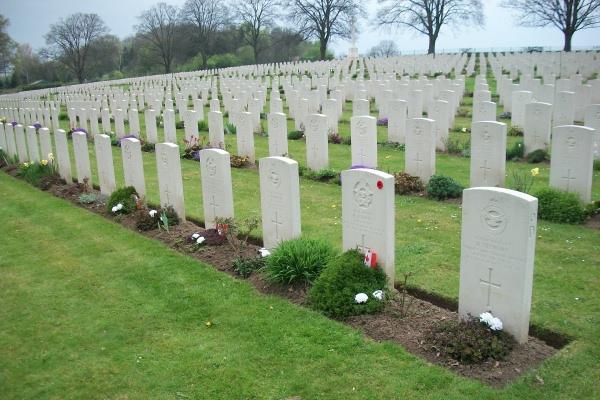 Cemetery – Hanover War Cemetery - April 2017 ... photo courtesy of Marg Liessens