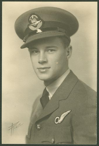 Photo of Perry Clinton Foster – Pilot Officer Perry Clinton Foster courtesy McGill University archives