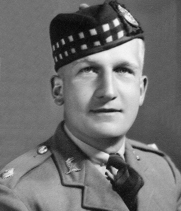 Photo of Harold McCutcheon