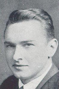 Photo of Amos Ragen – Photograph of Ragen from Torontonensis, University of Toronto's yearbook in 1940.