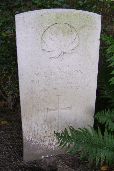 Grave Marker – Schoonselhof Cemetery … photo courtesy of Marg Liessens