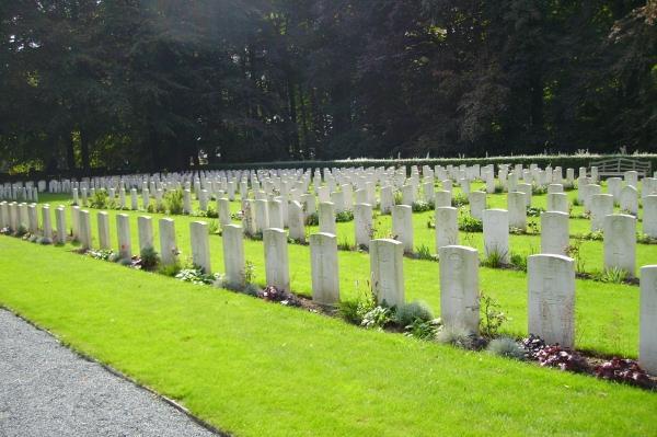 Cemetery – View of Plot 3 … Schoonselhof Cemetery … photo courtesy of Marg Liessens