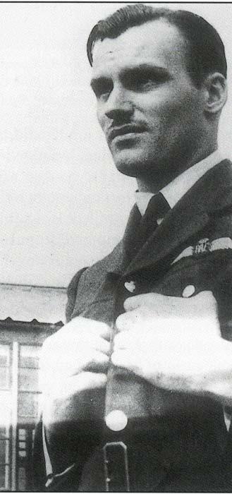 Photo of Harry Davies Edwards. – Black and white photo of Pilot Officer, Harry Davies Edwards.