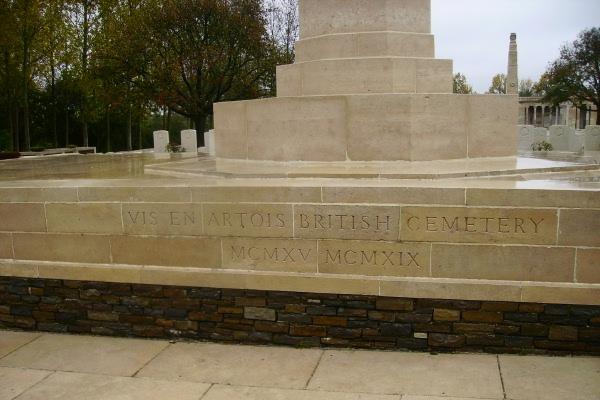 Cemetery – Entrance - Vis-en-Artois British Cemetery … photo courtesy of Marg Liessens