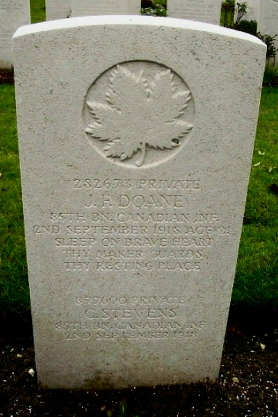 Grave Marker – Grave marker - Vis-en-Artois British Cemetery … photo courtesy of Marg Liessens
