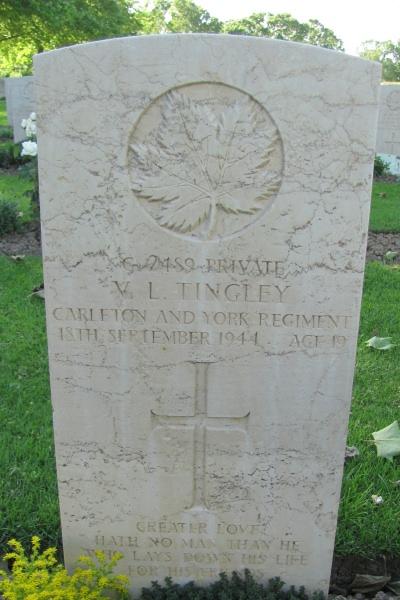 Grave Marker – Grave marker - Coriano Ridge War Cemetery - May 2013