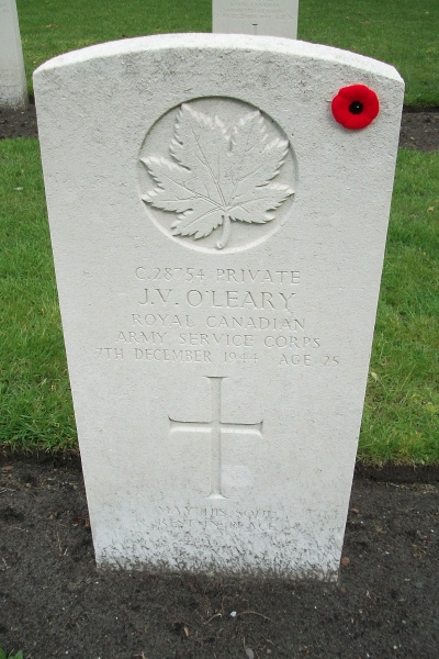 Grave Marker – Grave marker - Bergen-op-Zoom Canadian War Cemetery - May 2015 … Photo courtesy of Marg Liessens