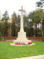 Cross of Sacrifice – Stone of Remembrance in Brookwood Cemetery