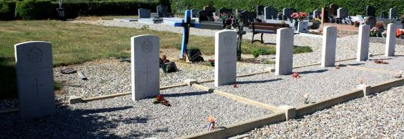 Cemetery – Photo courtesy Regis Biaux,France, and Pierre Vandervelden, Belgium, of www.inmemories.com 
