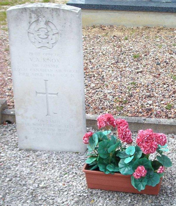 Gravemarker, photo 2