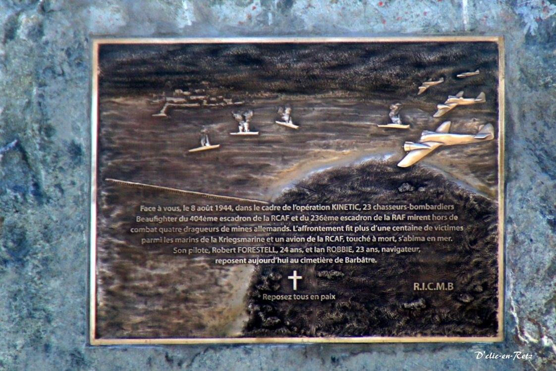 Inscription – This memorial was unveiled on August 6, 2016 which honours Ian Robbie and Robert Forestell who were killed in a plane crash on August 8, 1944.