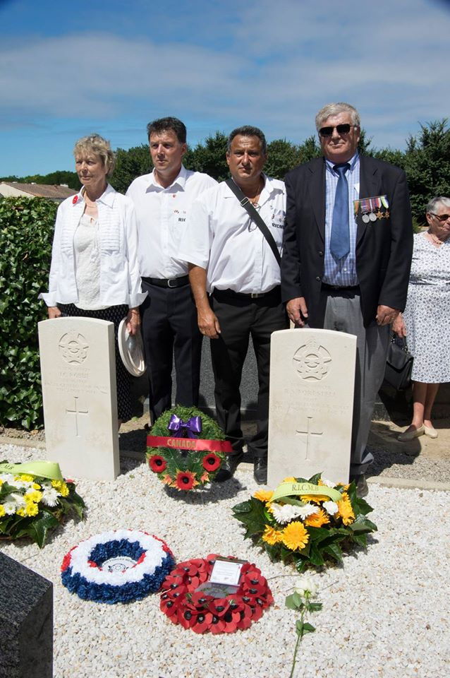 Paying respects – On August 6, 2016, Dorothy Robbie and Daniel Forestell are joined by Co-Presidents of the Relations Internationales Culture Mémoriel de Barbâtre (R.I.C.M.B)  Tony Erceau and Michel Moracchini and paid their respects to the airmen.