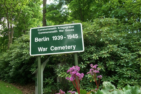 Cemetery – Entrance sign to the Berlin 1939 - 1945 War Cemetery - May 2015 Photo courtesy of Marg Liessens