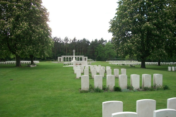 Cemetery – Berlin 1939 - 1945 War Cemetery - May 2015 Photo courtesy of Marg Liessens