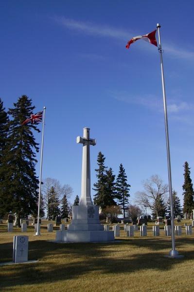 Memorial – Cross of Sacrifice ... Calgary Union Cemetery ... Photo courtesy of Marg Liessens