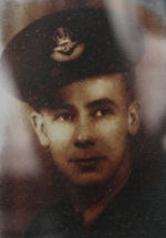 Photo of Borden Bramshott Ashley – Portrait of Borden Bramshott Ashley in uniform.