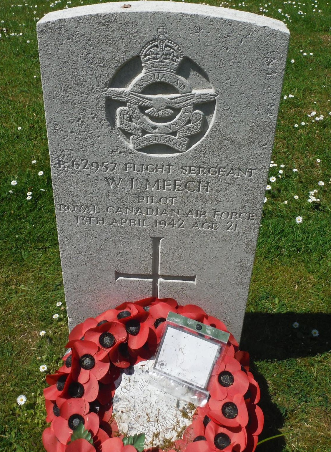 Grave Marker – Flight Sergeant William Ian Meech 408 squadron RCAF Stationed at RAF Balderton Lost in Hampden AT120 EQ-C on the 13/04/1942 Buried in Aylesham cemetery Kent