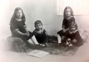 Group Photo – William's family. Submitted for the project, Operation Picture Me