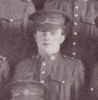 Photo of ALLAN GRAY – Allan Gray, 700390, 6th Platoon, B Company, 101st Battalion, photo taken March 1916