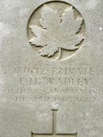 Grave Marker – Photo BGen G. Young 15th Battalion Memorial Project Team   DILEAS GU BRATH.