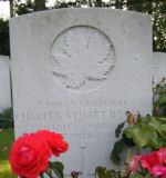 Grave Marker – Died of wounds received 13th Nov at Douai. Photo and additional information provided by The Commonwealth Roll Of Honour Project. Volunteer Julie Lukins