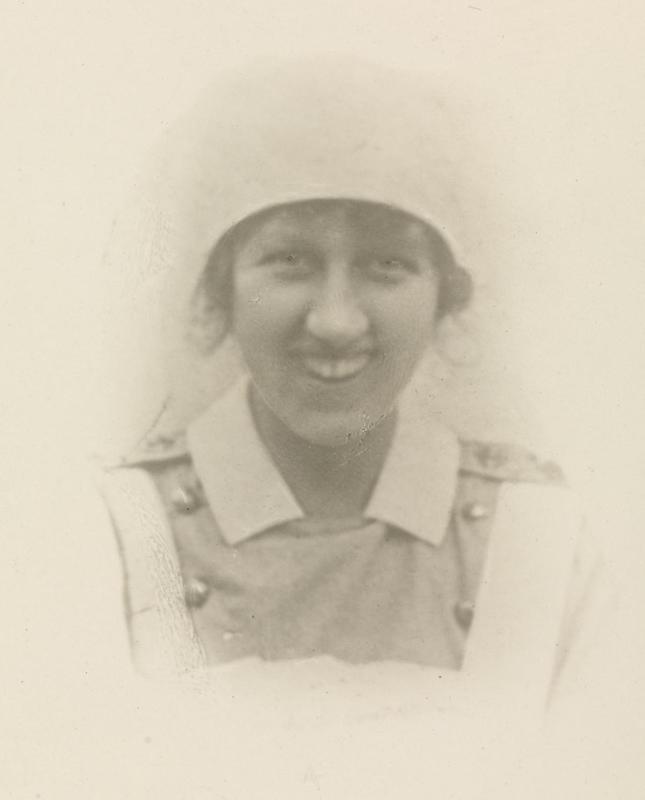Photo of Ainslee St Clair Dagg – © IWM (WWC D13-H22-36)