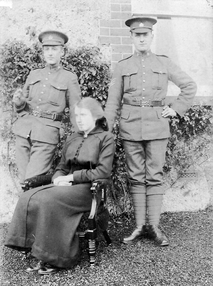 Group Photo – John Shaw (603137, died 3 weeks after Robert) on the left; Robert Howe (602253) on the right. Unknown woman in the middle. Robert's military record shows he was a Sgt.