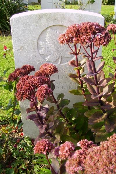 Grave Marker – Grave marker … Passchendaele New British Cemetery … photo courtesy of Marg Liessens