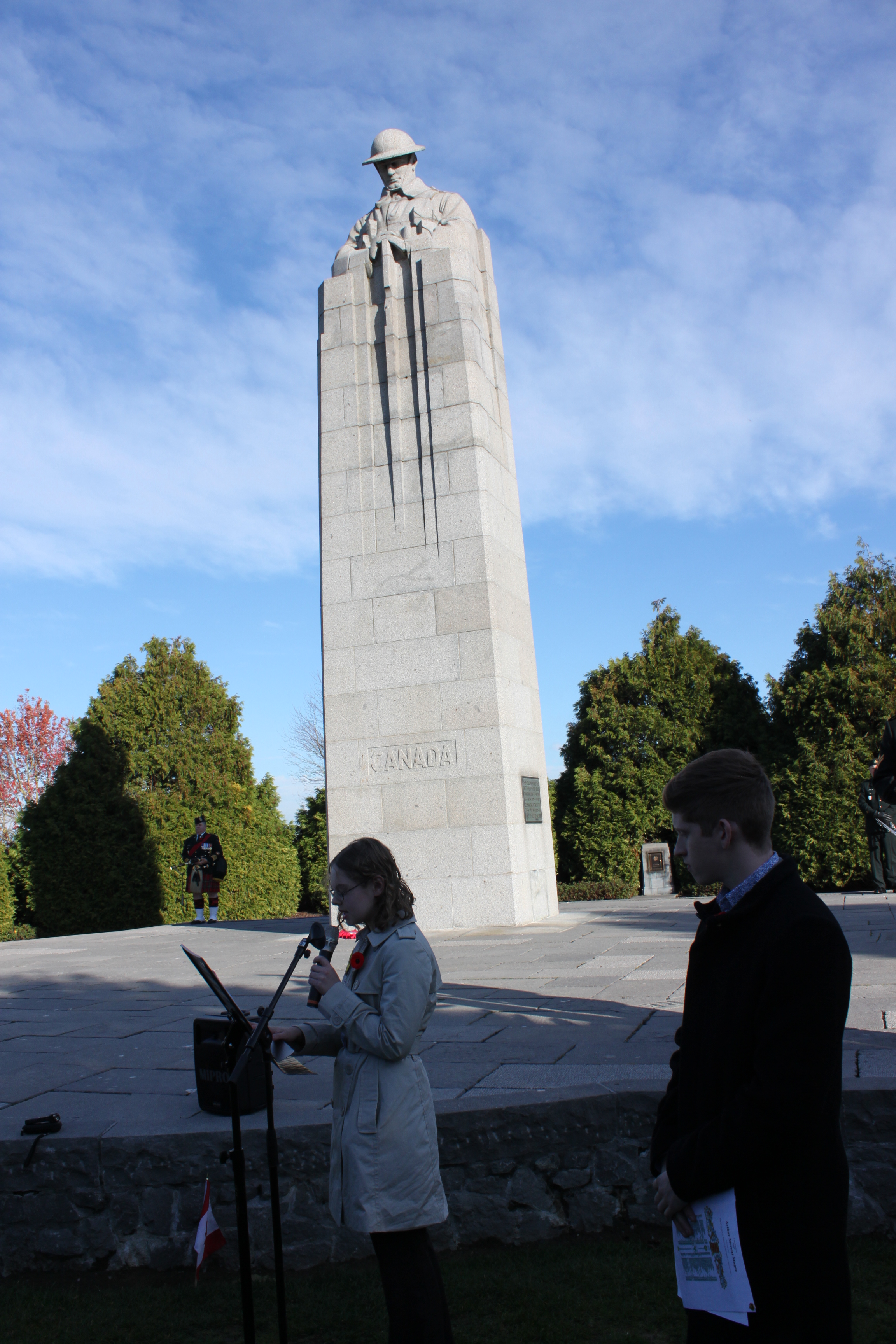 Photo – Youth delegate presenting the research project at St. Julien Canadian Memorial on November 9, 2018.