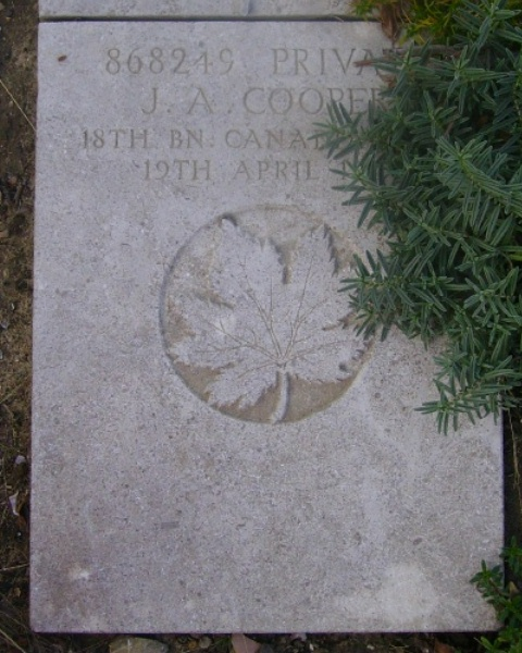 Grave Marker – Grave marker - Wimereux Communal Cemetery … photo courtesy of Marg Liessens