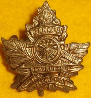 Badge – 537 Lt Col Edwin Woodman Leonard DSO (RMC 1901) was the son of Frank Leonard of 'Oakwood' in London, Ontario. He served with the Canadian Field Artillery, 3rd Bde. He was awarded the Distinguished Service Order, and Mentioned in Despatches. He died 9 Apr 1917. He was buried in the Lapugnoy Military Cemetery in Pas de Calais, France.