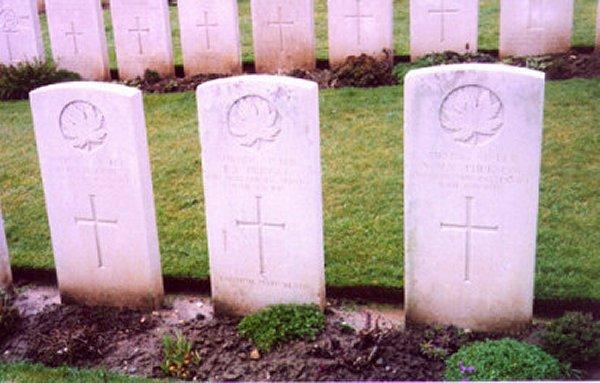 Headstone of Eden Lyal Pringle
