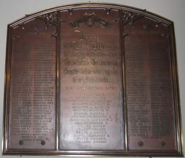 Memorial – A memorial tablet at St Andrew's Church in Ottawa is dedicated to the members of the Congregation who served and those lives sacrificed in World War I.