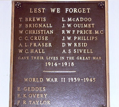 War Memorial – This hall was built by local citizens including some First World War veterans and was dedicated in a ceremony on 11 November 1922. Mrs. Sybil Taylor, the mother of one of the dead, unveiled the plaque located inside the hall in November 1971.