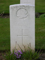 Grave Marker – Villers Station Cemetery, Viller-Au-Bois, Pas de Calais, France