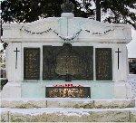 War Memorial – Beamsville Ontario War Memorial.   Sculptor:  Hamilton MacCarthy, R.C.A.
