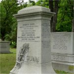 Monuement – Lt. Murray Grant Gunn's name was included on the Gunn family monument located in Mount Pleasant Cemetery in Toronto, Ontario.