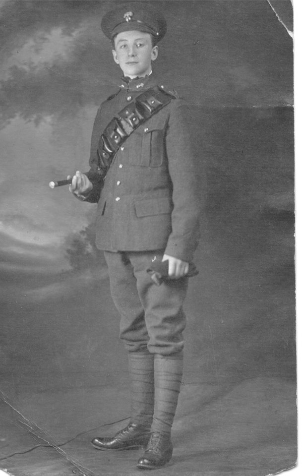 Photo of George Watts – Private George Albert Watts, reg. no. 159208. Contributed to the 18th Battalion Facebook Group by Jennifer Thompson-Johnson.  Contributed by E.Edwards www.18thbattalioncef.wordpress.com
