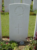 Grave Marker – Killed in action. Photo and additional information provided by The Commonwealth Roll Of Honour Project. Volunteer Mike Symmonds