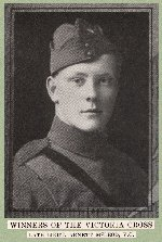 Photo of Alan McLeod – Source: CANADA IN THE GREAT WORLD WAR.  Vol. VI Special Services / Heroic Deeds. United Publishers of Canada Limited, Toronto, 1921.