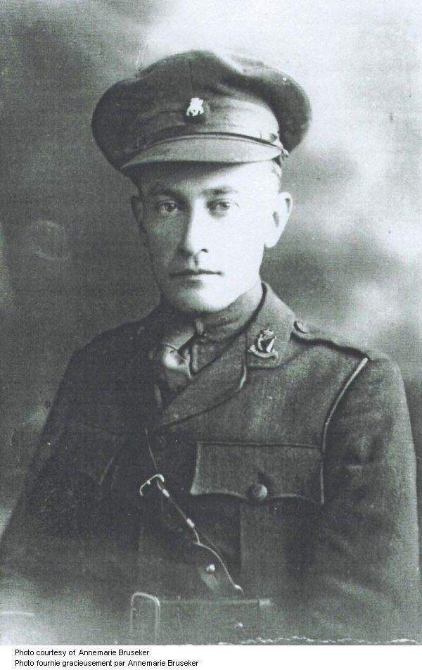 Photo 2 of Edmund De Wind