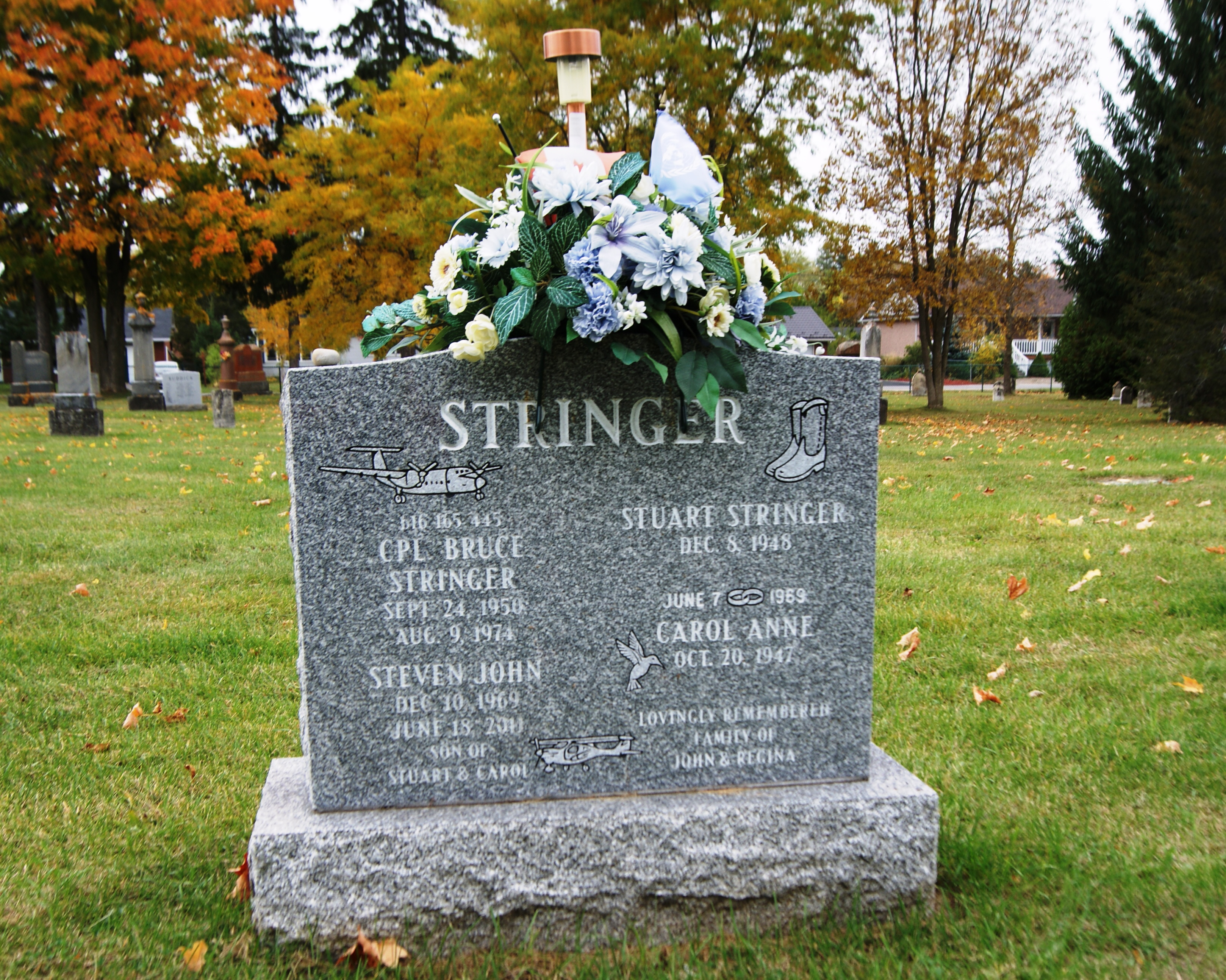 Family Memorial – Family monument at the grave of Corporal Bruce K. Stringer in the Angus Union Cemetery, 60 Vernon Street, Angus, Ontario.  (Image taken by Gregory J. Barker of Barrie, Ontario, in 2015.)