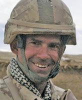 Photo de William Turner – Le Lieutenant William Turner du Quartier général - Secteur de l'Ouest de la Force terrestre à Edmonton (Alberta) a été tué lorsque le camion blindé de type G-Wagen dans lequel il prenait place a été frappé par une bombe de circonstance près de la maison du peloton de Gumbad vers 7 h 30, heure de Kandahar, le 22 avril 2006.
