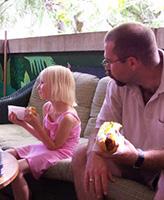 Photo of Glen Arnold – Glen and daughter Samantha