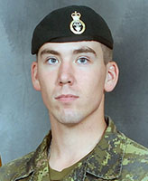 Photo de Joel Wiebe – Soldat Joel Vincent Wiebe, de la Charlie Company, 3e Bataillon, Princess Patricia's Canadian Light Infantry (3 PPCLI) de la BFC Edmonton. Le Soldat Wiebe était un des trois soldats canadiens qui ont été tué lorsque leur véhicule a heurté un dispositif explosif de circonstance sur la route principale à environ 6 km à l'est de la base d'opérations avancée de Sperwan-Gar. L'accident s'est produit à 7 h 49 environ, le 20 juin 2007, pendant que les soldats effectuaient des opérations de réapprovisionnement entre des postes de contrôle. Les membres de la Charlie Company, 3 PPCLI font partie du 2e Bataillon, Royal Canadian Regiment (2 RCR) Groupement tactique de la Force opérationnelle interarmées en Afghanistan (FOI-Afg). Photo : Soldat Tina Miller, BFC Edmonton, Garrison Imaging