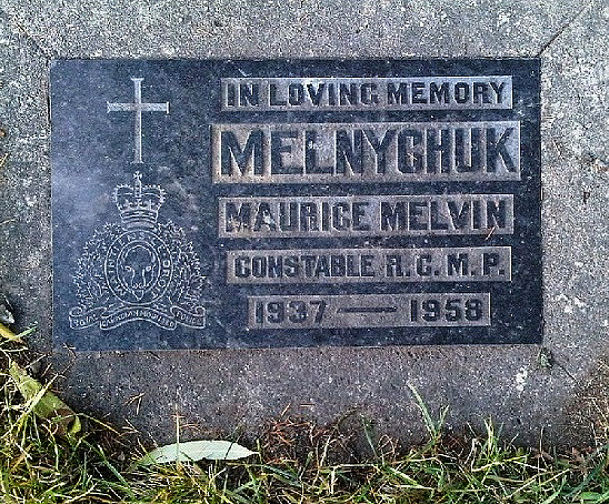 Inscription on grave marker – Photo courtesy of www.rcmpgraves.com